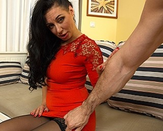 This hot mom loves to fuck and suck in POV style