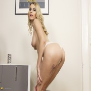 Hot and steamy Mom getting wicked and wild